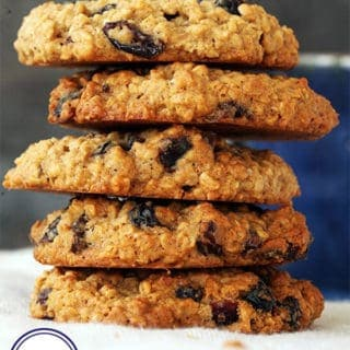 A tower of oat and raisin cookies - 4 Smart Points on Weight Watchers Flex / Freestyle