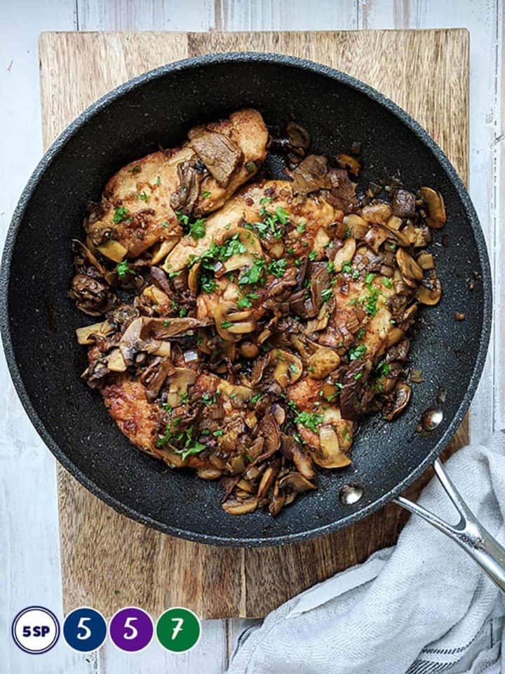 A skillet of chicken marsala with smartpoint values