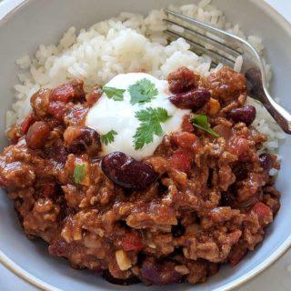 A bowl of chili con carne