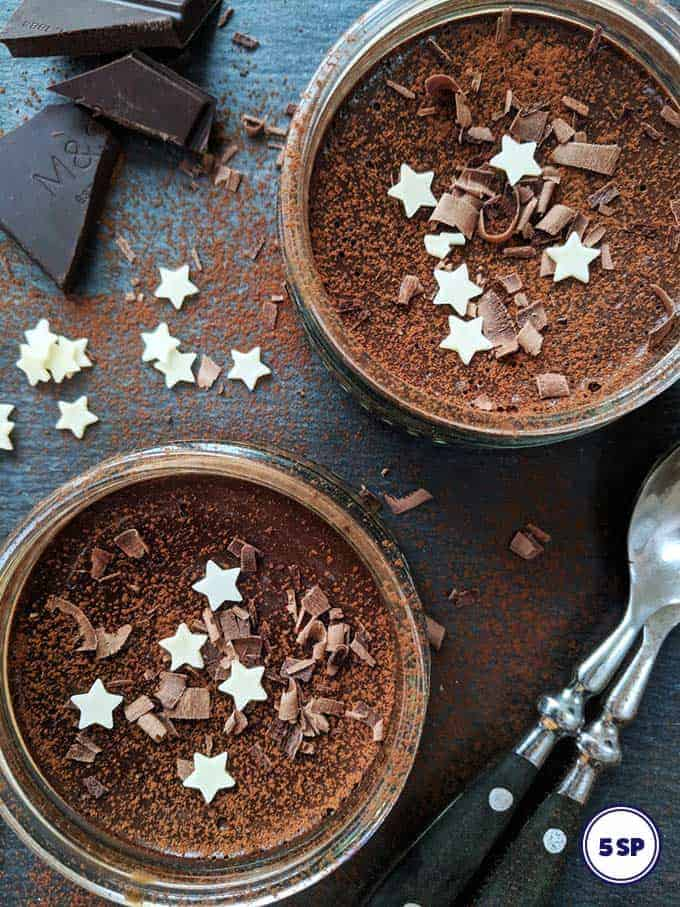 Two chocolate pots desserts