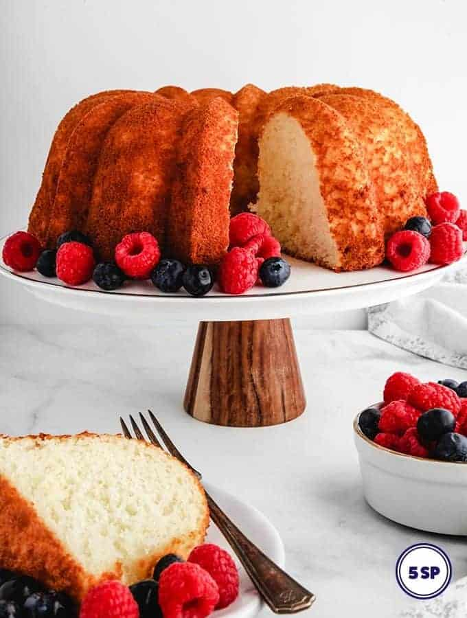 A pineapple angel food cake on a cake stand - 5 smart points